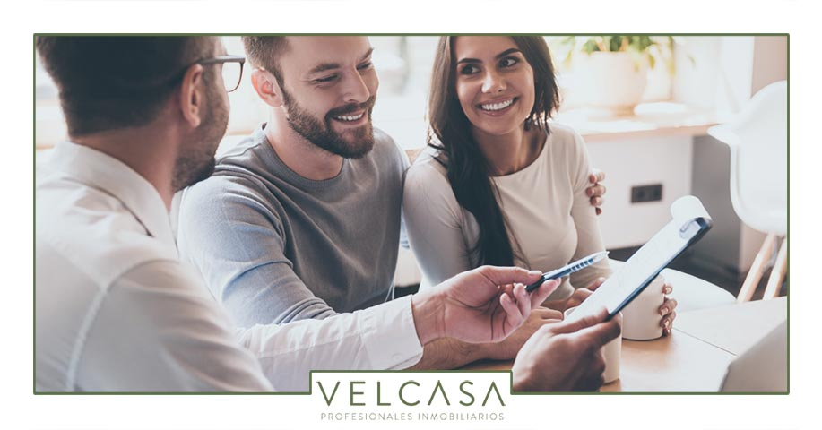 Trámites de gestión inmobiliaria al vender propiedades | Velcasa