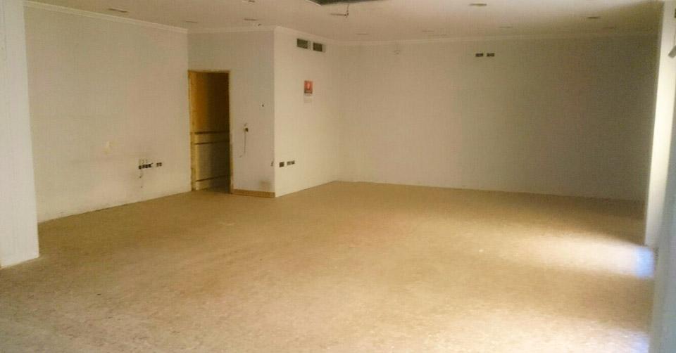 Local en venta en Sevilla - Calle Resolana | VELCASA, inmobiliaria en Sevilla