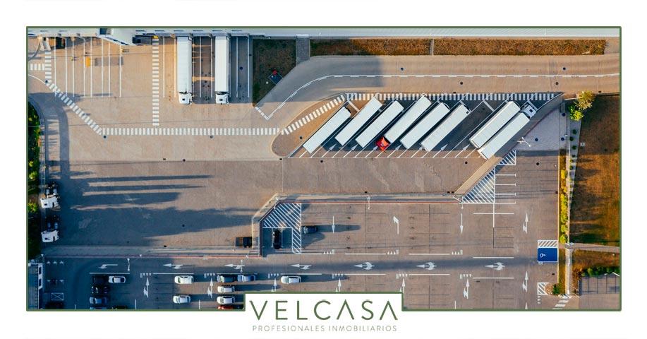 El sector logístico crece en España y los alquileres suben en todo el mundo | VELCASA, inmobiliaria en Sevilla